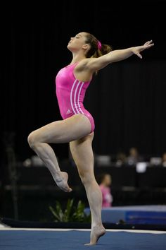 A picture of McKayla Maroney. This site is a community effort to recognize the hard work of female athletes, fitness models, and bodybuilders. Gymnastics Images, Sport Gymnastics, Artistic Gymnastics, Olympic Gymnastics, Olympic Team, Theme Sport, Sport Treiben, Sport Girl, Jordyn Wieber