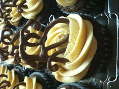 Relief Society cupcakes for rs birthday. great idea!