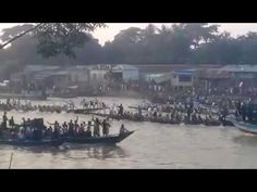 Traditional boat race Jalirpar /  Nehru Trophy / boat to boat race