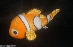 13-FINDING-NEMO-WALT-DISNEY-WORLD-PLUSH-ORANGE-CLOWN-FISH-PIXAR-STUFFED-TOY