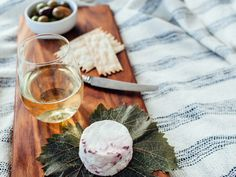 Five picnic-perfect summer pairings from Frasca Food and Wines master sommelier Bobby Stuckey and cheese expert Laura Werlin.