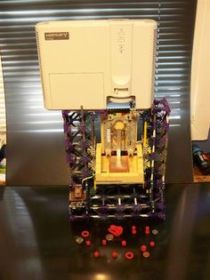 Student builds an astoundingly great $60 Chimera DLP SLA 3D printer using LEGOs and K'nex