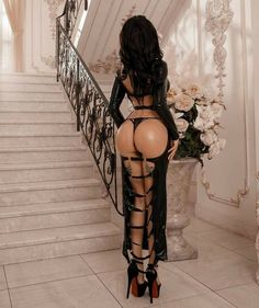 Lilli Luxe, Hobble Skirt, Latex Girls, Best Black, Models, Sexy High Heels, Dark Fashion, Goth Girls, Sexy Outfits