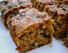 Muzlu Yulaflı Kek / Yasemin's Banana Oat Cake banane Pastry Recipes, Cake Recipes, Snack Recipes, Dessert Recipes, Pasta Cake, Banana Pudding Recipes, Banana Oats, Pudding Cake, Food Platters