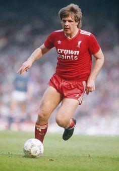 Jan Molby of Liverpool in Liverpool Players, Liverpool Football Club, Liverpool Fc, World Football, Football Kits, Football Players, Soccer Shorts, The Past, Memories