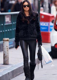 killer blackout. #AdrianaLima #offduty in NYC.