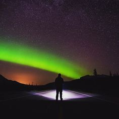 Aurora Borealis - Canada Sept 29 2016 - DailyHive shares 39 pics from insta showcasing the northern lights.