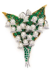 Lilly of the Valley via pearls & emeralds ...gorgous