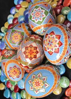 PUSA Colorama Dyes on duck eggs by Katrina Lazarev Egg Crafts, Arts And Crafts, Egg Rock, Carved Eggs, Egg Tree, Easter Egg Designs, Duck Eggs, Persian Wedding, Ukrainian Easter Eggs
