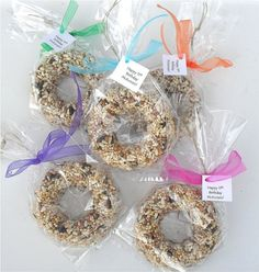 Cute bird feeder favor for garden party