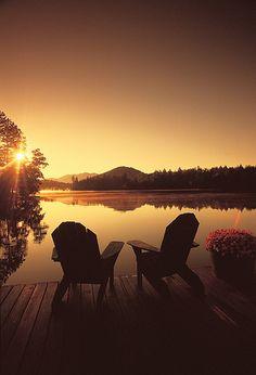 Adirondack Mountain Sunset from Mirror Lake Inn Dock. LOVE the Adirondacks. Beautiful Places, Beautiful Pictures, Beautiful Scenery, Amazing Photos, Beautiful Sunset, Mirror Lake, Seen, Romantic Getaways, Photos Of The Week