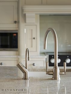 A Quooker boiling water tap built into the Kashmir White granite worktop helped to combine the quest for traditional design with modern appliances. Shaker Style Kitchens, Home Kitchens, Kitchen Diner Lounge, Kashmir White Granite, Granite Worktops, Solid Wood Kitchens, Kitchen Units, Kitchen Ideas, Kitchen Styling
