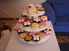 Cupcakes for Mums Cake Creations, Cupcakes, Desserts, Food, Tailgate Desserts, Cupcake, Meal, Cup Cakes, Dessert