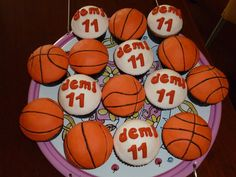 Basketball cupcakes https://www.facebook.com/TanteTaartMarre