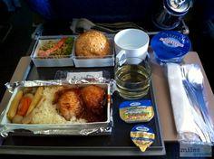 Mittagessen - Check more at https://www.miles-around.de/trip-reports/economy-class/singapore-airlines-boeing-747-400-economy-class-frankfurt-nach-new-york/,  #747-400 #avgeek #Aviation #Boeing #EconomyClass #Flughafen #FRA #JFK #NewYork #NewYorkCity #SingaporeAirlines #Trip-Report #USA