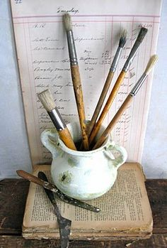 paint brushes Paul Cezanne, Dream Studio, Gouache, Art Studios, Art Supplies, Artist Brush, Renoir, Paint Brushes, Still Life