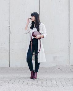 """236 Likes, 7 Comments - SARAHVONH (@sarahvonh) on Instagram: """"Guten Morgen aus der Uni! Auf meinem Blog ist ein neuer Post mit meiner neuen [A.P.C. HALF MOON BAG…"""""""