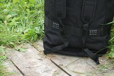 Čierna cestovná taška od výrobcu SURPLUS. http://www.armyoriginal.sk/1741/133051/cestovna-taska-cierna-surplus.html