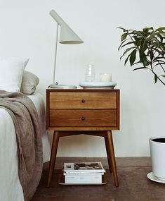 8 Best Cool Tips: Chic Minimalist Decor Spaces minimalist bedroom simple clothes racks.Cozy Minimalist Home Rugs minimalist decor minimalism interior design.Minimalist Home Interior Built Ins. Bedside Table Inspiration, Lamp Inspiration, Daily Inspiration, Home Bedroom, Bedroom Decor, Bedroom Ideas, Bedroom Furniture, Retro Furniture, Furniture Ideas