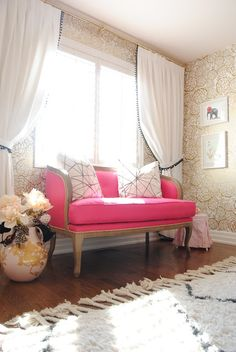 I love this pink settee, such a statement piece.do I dare do that to the old sofa? Home Design, Home Interior, Interior Decorating, Pink Sofa, Pink Settee, Sofa Couch, Living Spaces, Living Room, My New Room