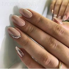 Want some ideas for wedding nail polish designs? This article is a collection of our favorite nail polish designs for your special day. Classy Nail Designs, Nail Polish Designs, Gel Polish, Nail Art Designs, Nude Nails, Nail Manicure, Coffin Nails, Acrylic Nails, Pedicure