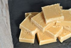 Make this Scottish tablet as a sweet treat for family and friends – it makes a lovely gift. Tablet is similar to fudge, but with a more crumbly texture Uk Recipes, Baking Recipes, Candy Recipes, Recipies, Scone Recipes, Caramel Recipes, Sweet Recipes, Scottish Tablet Recipes, Golden Syrup Cake