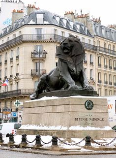 Denfert-Rochereau, Paris XIV by patsy. Winter in Paris Romantic Paris, Beautiful Paris, I Love Paris, Most Beautiful Cities, Paris City, Paris Street, Paris Paris, Paris Travel, France Travel