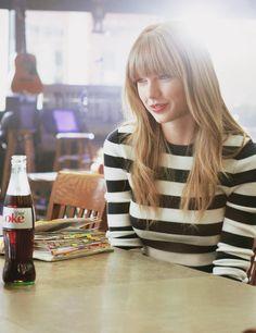 Taylor swift My idol All About Taylor Swift, Taylor Swift Style, Taylor Alison Swift, Taylor Swift Cute, Taylor Swift Tumblr, Taylor Taylor, Swift 3, Divas, Zooey Deschanel