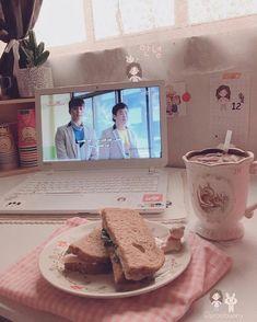 Peach Aesthetic, Aesthetic Rooms, Korean Aesthetic, Ideas Decorar Habitacion, Otaku Room, Kawaii Room, Gamer Room, Cute Food, Back Home