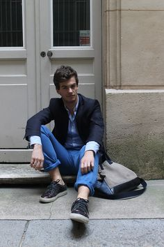 Interview with Geoffrey Bruyere, fashion entrepreneur.  Share your feet with us: http://www.feet-project.com/submit
