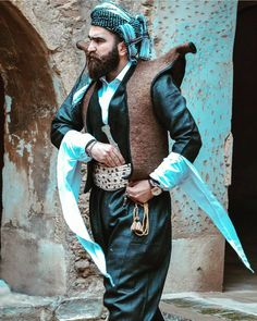 Kurdish Man from Eastern kurdistan in festive traditional Attire.