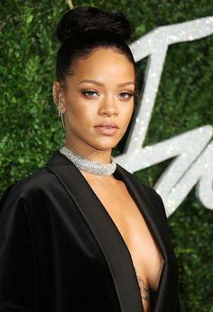 Rihanna wearing Guiseppe Zanotti diamond choker