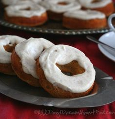 Low Carb, Gluten-Free Gingerbread Donuts
