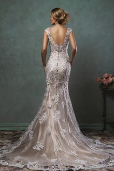 New Arrival 2016 Amelia Sposa Wedding Dress Mermaid Style Capped V Neck Lace Appliques Backless Chapel Train Custom Made Bridal Gowns