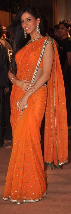 Orange saree by lessie Indian Attire, Indian Outfits, Indian Dresses, Indian Clothes, Indian Bridal Wear, Indian Wear, Beautiful Saree, Beautiful Dresses, Indiana