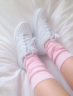 Resultado de imagem para pink and white aesthetic