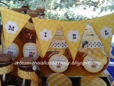 Decoración temática de abejas. Miel como souvenir