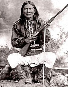 Scout for General Crook. Circa Chief Alchesay won the Medal of Honor for extreme bravery in the Apache Wars. Proud apache Indian here! Love my Native American heritage Native American Pictures, Native American Beauty, Native American Tribes, Native American History, American Indians, Native Americans, European History, Navajo, Apache Indian