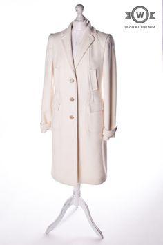>> #Płaszcz ecru #HugoBoss #Wzorcownia online | #coat #highfashion