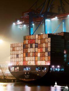 Abends am Containerteminal Hamburg