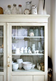white rustic kitchen panda s house from White Kitchen Display Cabinet Kitchen Inspirations, Decor, House Interior, Home Kitchens, Vintage Kitchen, Home, Interior, Home Decor, Rustic Kitchen