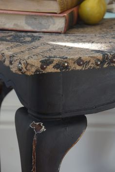 Burlap Topped Table - Miss Flibbertigibbet