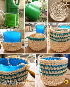 Fiz para esconder aqueles vasinhos feios de plásticos.     Um modelo bem simples em ponto baixo.     Para meus vasos de ervas. Sem enf...