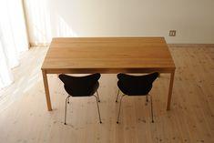 クルミダイニングテーブルtypeS W170cm / カグオカ Wood Art, Dining Table, Showroom, Furniture, Home Decor, Products, Wooden Art, Decoration Home, Room Decor
