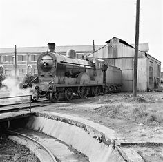 This photo was taken on April 1961 in Dundalk (Ireland). Out of the shed and onto the turn table. Dundalk Ireland, Old Steam Train, Steam Railway, British Rail, Old Trains, Light Rail, Ways To Travel, Commercial Vehicle, Steam Locomotive