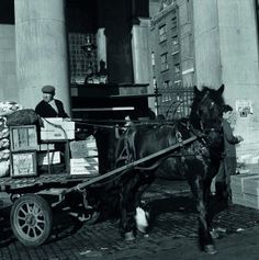 Photographer Clive Boursnell's tour   Covent Garden website Vintage London, Old London, Candid Photography, Street Photography, Bedford House, Horse Cart, London History, London Photographer, Old Street