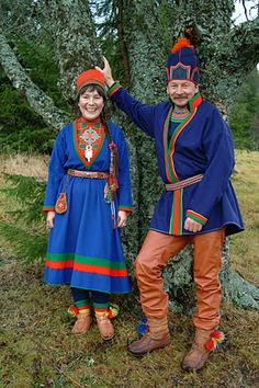 Traditional dresses: The South Saami
