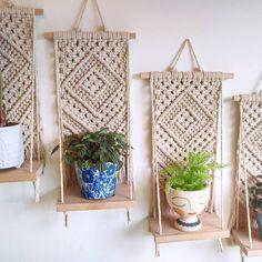 Macrame Design, Macrame Art, Macrame Projects, Macrame Wall Hanging Patterns, Macrame Patterns, Ideias Diy, Macrame Tutorial, Diy Crafts To Sell, Crafty