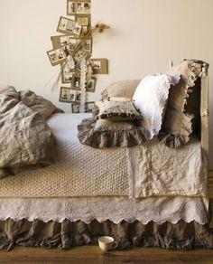 Chambre au couleur d'antan : coton lin beige blanc et marron glacé Chez l'atelier de Capucine
