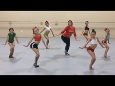 Club Dance Studio | Kelly Clarkson - Underneath the Tree